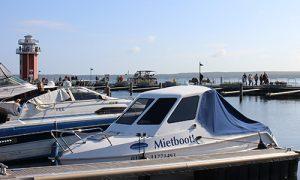 Familenboote für entspannte Touren... :: Über 70 Gewässer mit einer Angelkarte :: Müritzfischer