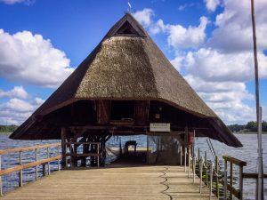 Der Hüde :: Dat Hüdenhus Fischerhof Krakow am See :: Müritzfischer